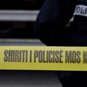 Babai i dy dëshmorëve gjendet i vdekur në pusetë, rasti nën hetime