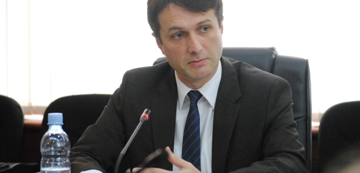 Murati akuzon Kurtin: Po dëshiron që ta dështojë dialogun me Serbinë